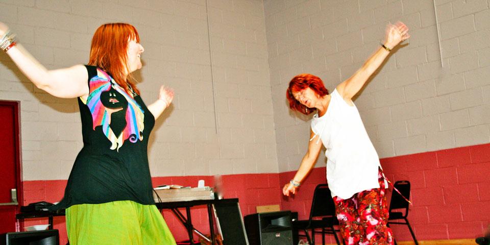 flowing-dancers1