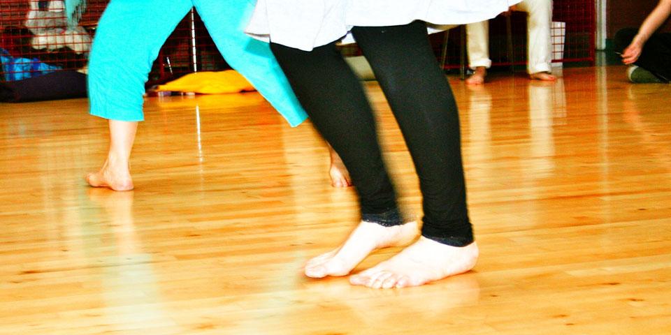flowing-dancers2